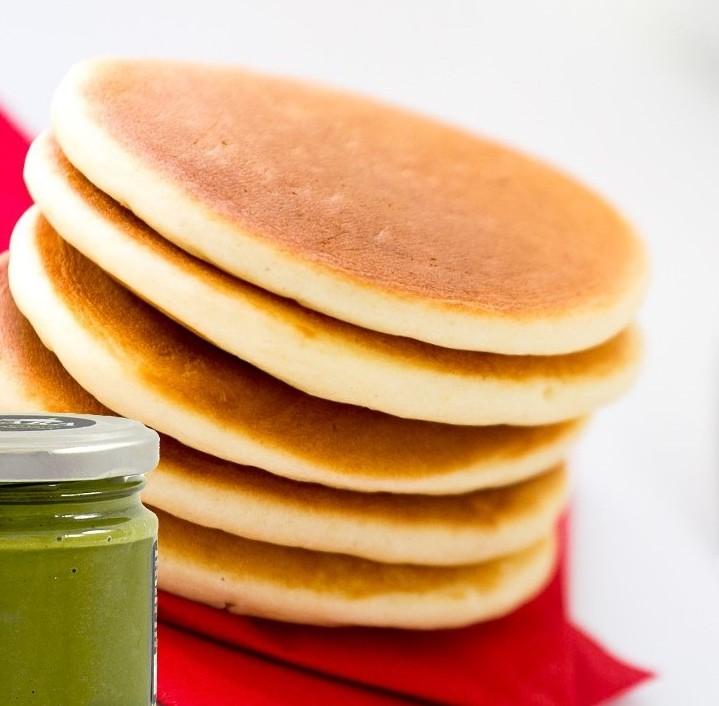 Pancakes con crema di pistacchio.