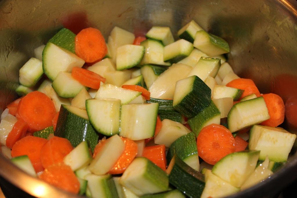 Ricetta Zucchine Bollite.Verdure Bollite Con Maionese Sicil Food